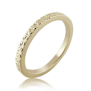 woman wedding ring atlanta yellow gold